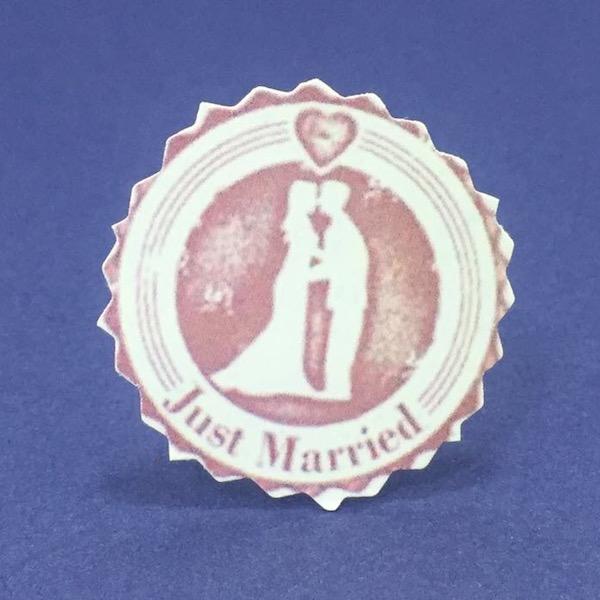 Etiqueta Recién casados med 4cm diámetro con o sin tutor